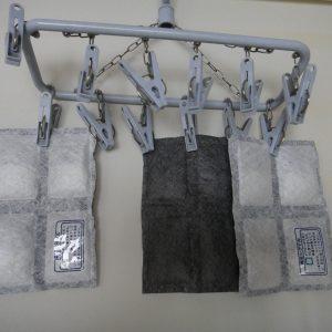カメラをカビや結露から予防する除湿剤(繰り返し使えるタイプ)【Aby's blog】